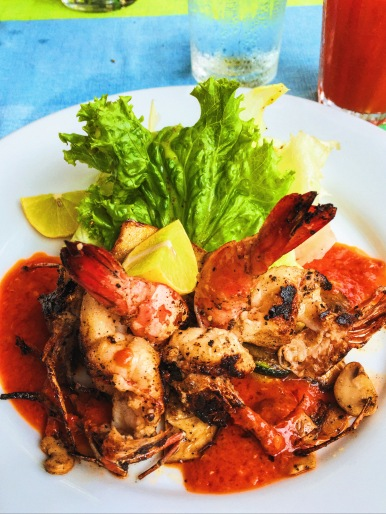 Chargrilled butterfly prawn salad